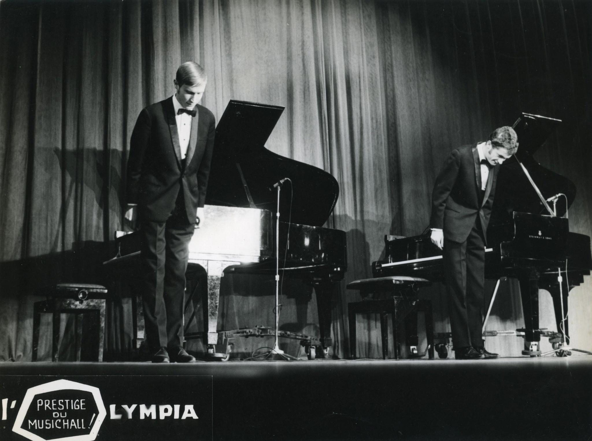 <div class='inner-box'><div class='close-desc'></div><span class='opis'>Marek Tomaszewski i Wacław Kisielewski podczas koncertu Music-Hall De Varsovie, w paryskiej Olympii. Lipiec- sierpień 1966</span><div class='clearfix'></div><span>Sygn. FIL01236</span><div class='clearfix'></div><span>&copy; Instytut Literacki</span></div>